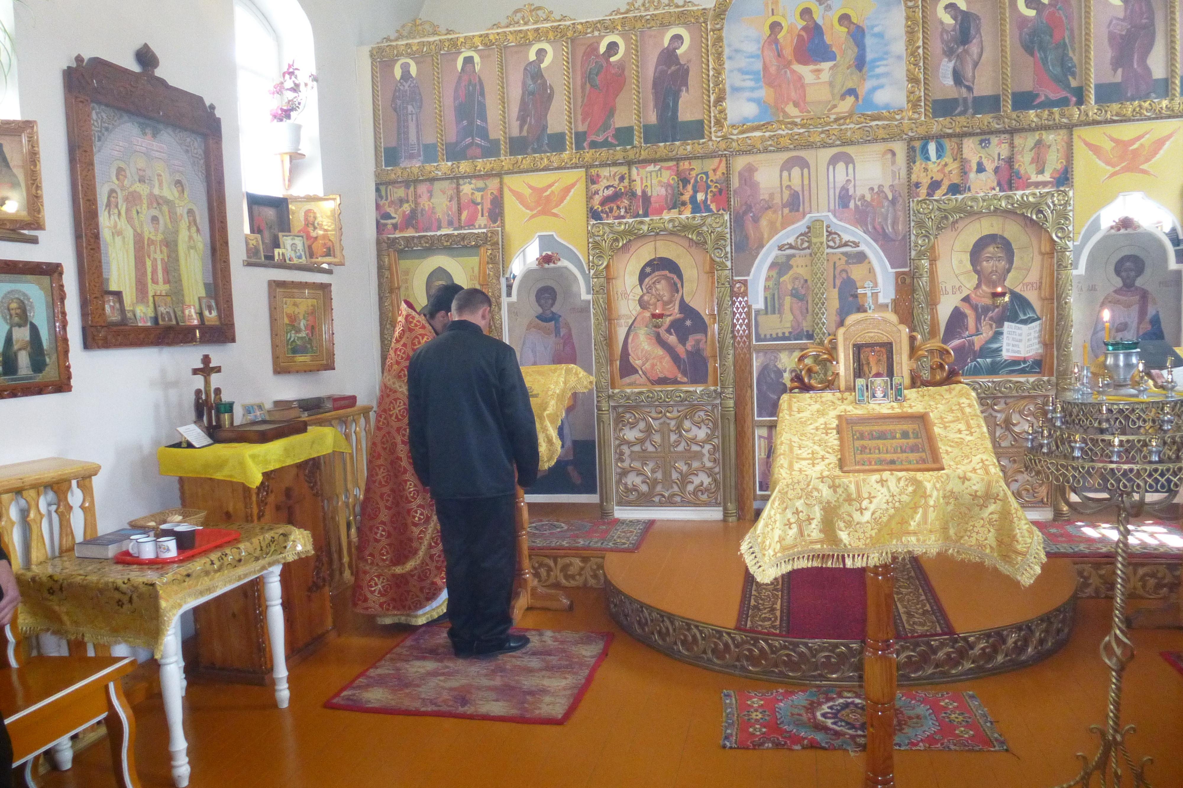 В исправительной колонии № 2 состоялся православный крестный ход