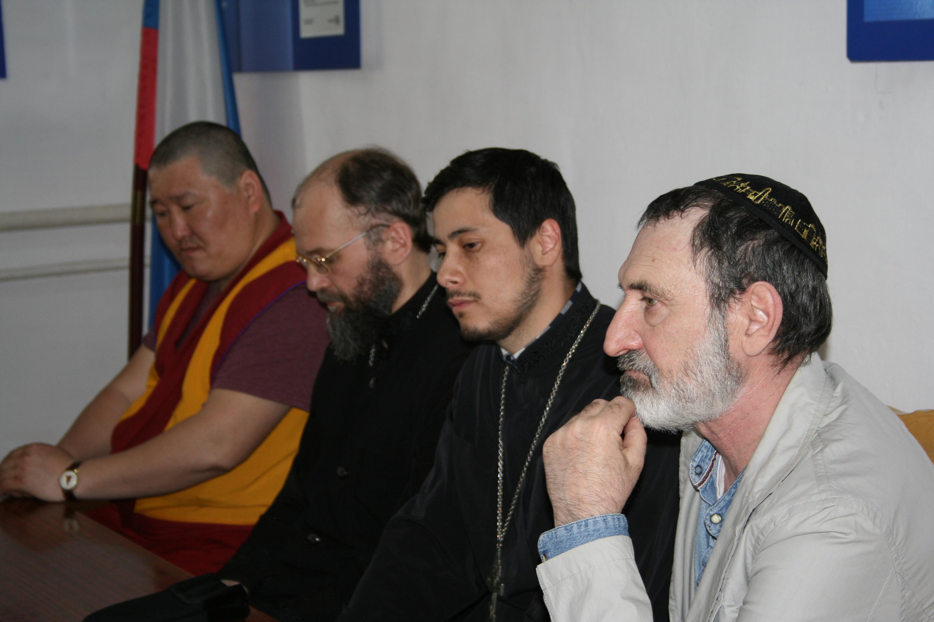 Исправительную колонию № 8 Бурятии посетили представители трех религиозных конфессий