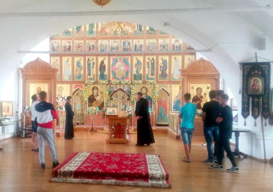 Для несовершеннолетних, состоящих на учете в уголовно-исполнительной инспекции, состоялась экскурсия в Свято-Одигитриевский Собор